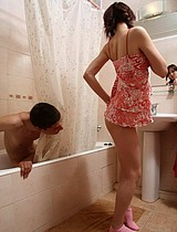 Teen Couple Having Sex In The Bathroom - Picture 2
