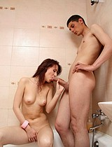 Teen Couple Having Sex In The Bathroom - Picture 9